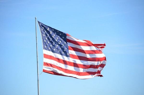 アメリカが利上げを先送り、年内利上げに含み